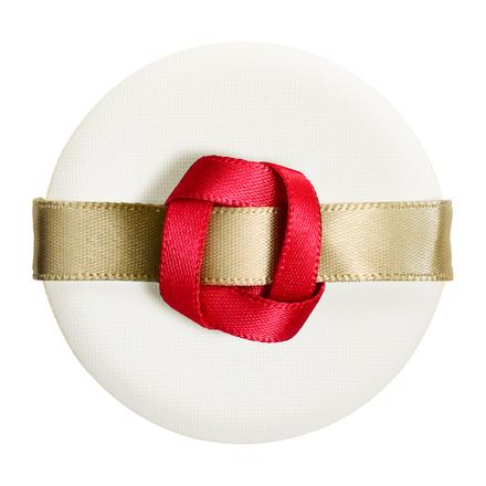 クリスマスコフレ2018限定コスメSHISEIDO(資生堂)予約日と発売日やアイテム詳細とネット通販購入情報!クッションコンパクト用パフリボネシアリミテッドエディション