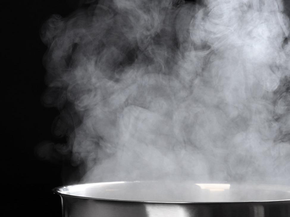 スチームクリームは蒸気のチカラでつくられている