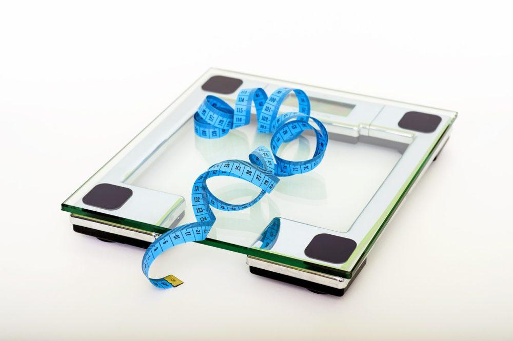 ダイエットプロテインのファスタナを実際に飲んでみた効果や味をレビュー!体重変化